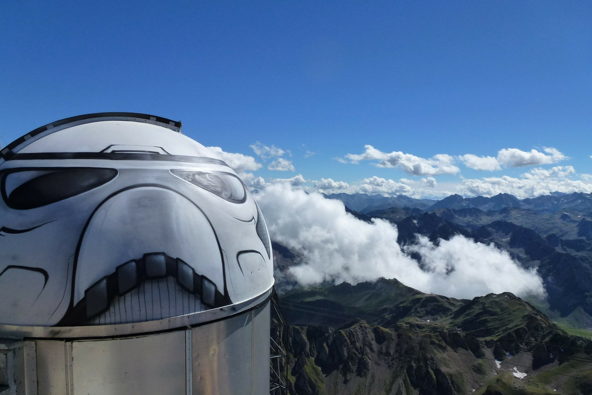 Mashable – There's a Stormtrooper on top of a mountain in France
